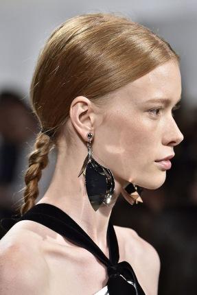 hbz-ss2016-beauty-trends-tight-braids-proenza